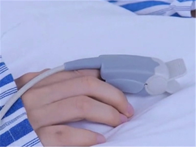 Medlinket Adult Finger Clip Oximetry Probe, a great helper for health care professionals!